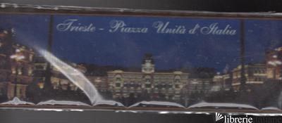 TRIESTE PIAZZA UNITA' D'ITALIA NOTTE -