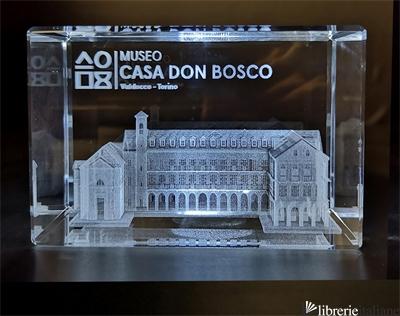 MUSEO CASA DON BOSCO CRISTALLO 50X80X50 CON INCISIONE 3D -